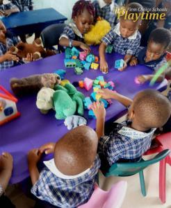 classroom children5